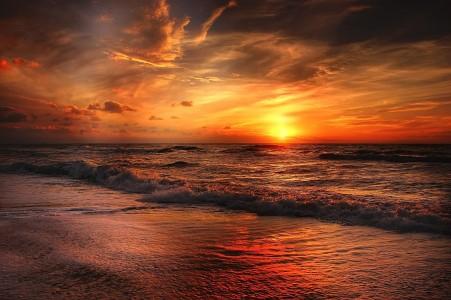 beach-2179624_1920